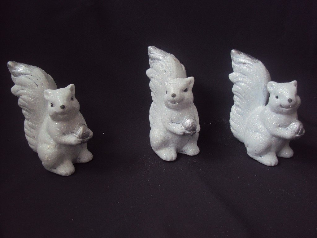 Dekoratīvas figūras - vāveres (DZ14) Figurines - squirrels Фигурки - белки