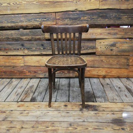 Koka krēsls (KR01) Wooden chair for rent chair rent Деревянный стул