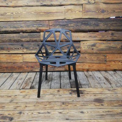 Mēbeļu noma - Krēsli - Koka, plastmasas, dizaina, metāla, saliekamu krēslu noma | Inventāra noma kāzām, pasākumiem | EventRent