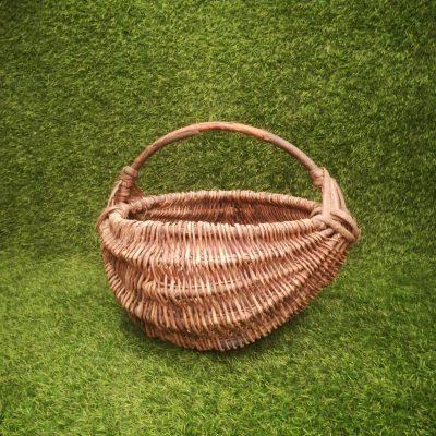 Pīts brūns grozs (GRO13) grozi, grozs, grozu noma Плетеная коричневая корзина Wicker brown basket