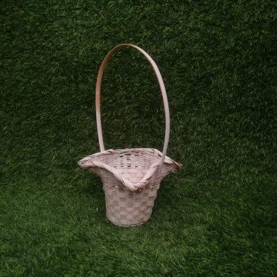 Balts pīts grozs (GRO26) grozi, grozu noma Белая плетеная корзина White wicker basket