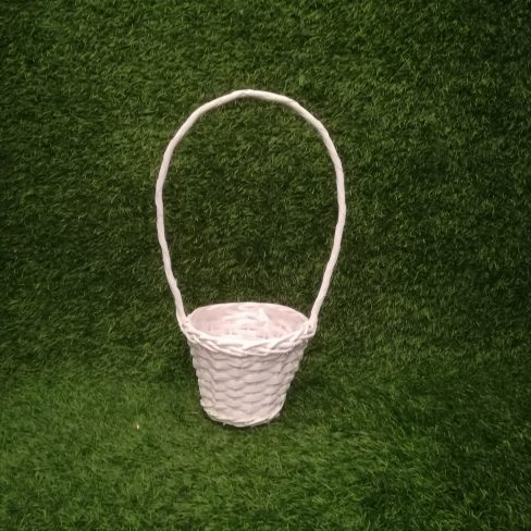 Balts pīts grozs (GRO10) grozu noma, grozi Белая плетеная корзина White wicker basket