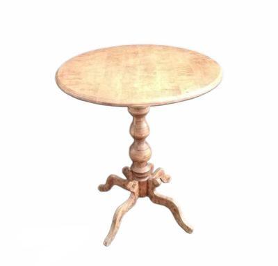 Apaļš koka galds (GLD56) galdu noma. galdi īrē. iznomā galdus Round wooden table (GLD56) Круглый деревянный стол (GLD56)