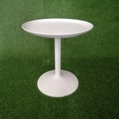 Balts galdiņš (GLD61) galdu noma, izīrē galdus. galda noma White table (GLD61) Белый стол (GLD61)