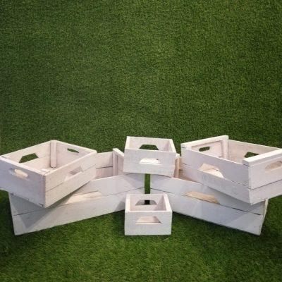 Baltu kastīšu komplekts Набор белых ящиков Set of white boxes