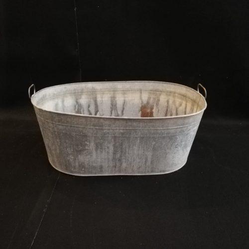 Veclaicīga metāla vanna Старинная металлическая ванна Antique metal bath