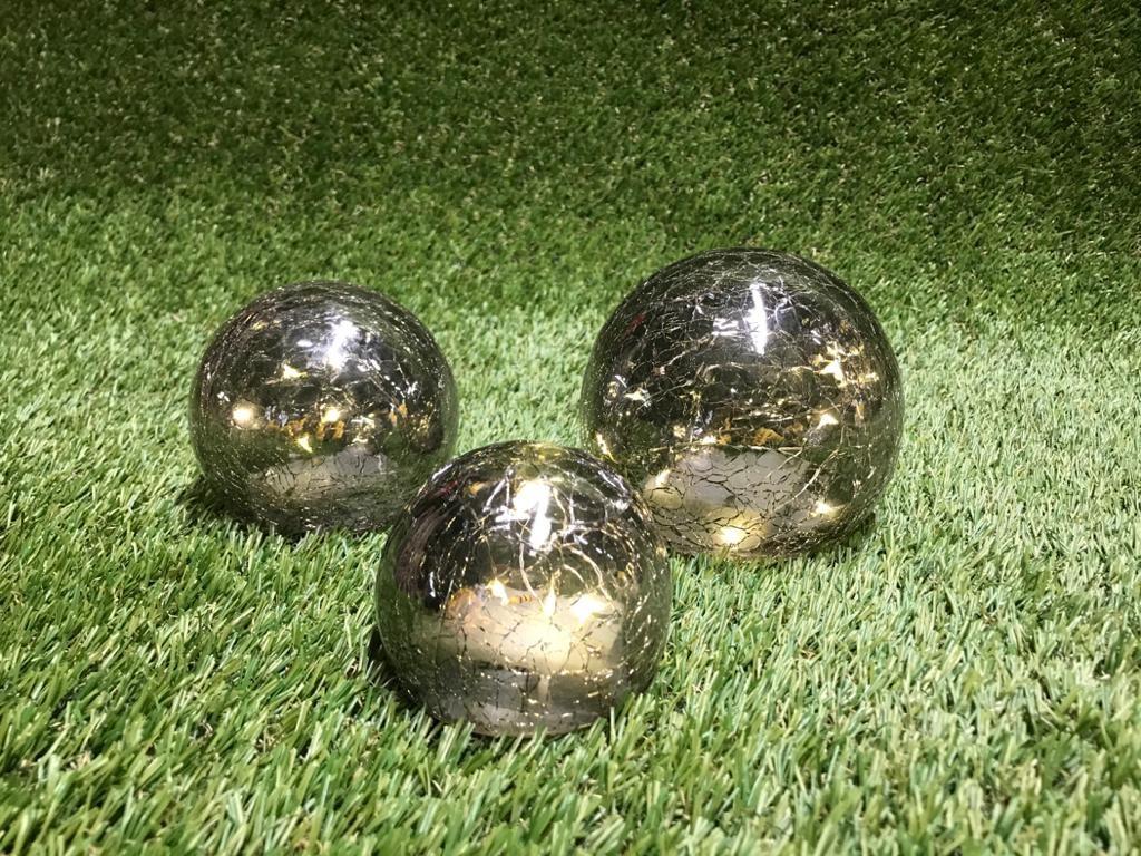 """Sudraba gaismas bumbu komplekts Световой декор """"Серебряные Шары"""" Light decor """"Silver Balls"""""""