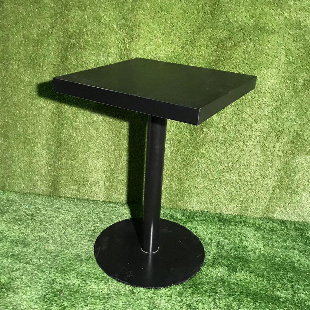 Stāvgalds - melna, kantaina virsma Черный коктейльный стол Black standing table