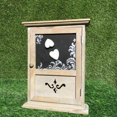 Koka kastīte Деревянная коробочка Wooden box