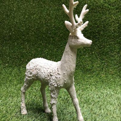 Balts briedis Белый олень White deer
