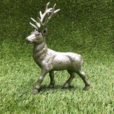 Briedis Олень Deer