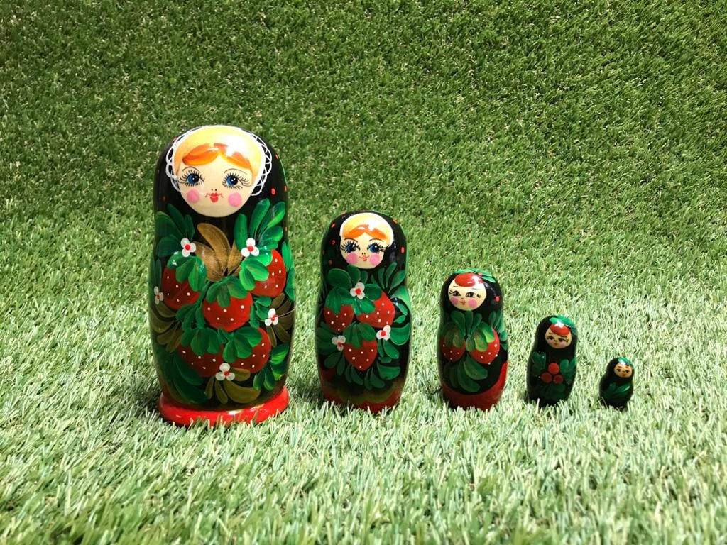 Matrjoška Матрёшки Matryoshka dolls