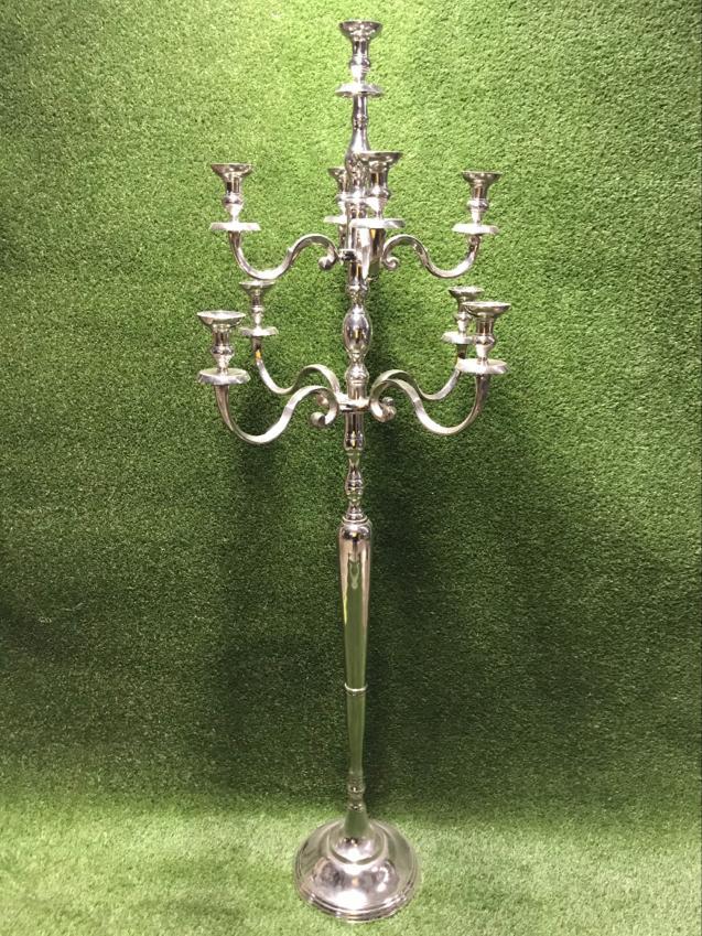 Augsts sudraba svečturis Высокий серебряный подсвечник High silver candlestick